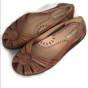 EARTH KALSO BROWN SANDALS STUNNING 6